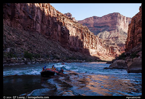 Raft dropping into rapids, Marble Canyon. Grand Canyon National Park, Arizona (color)