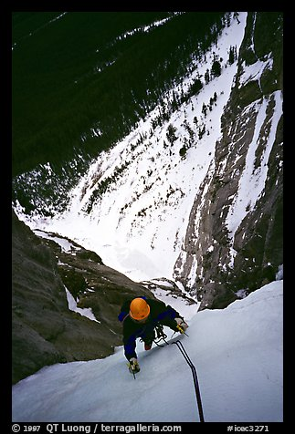 Climbing Kitty Hawk. Canada (color)