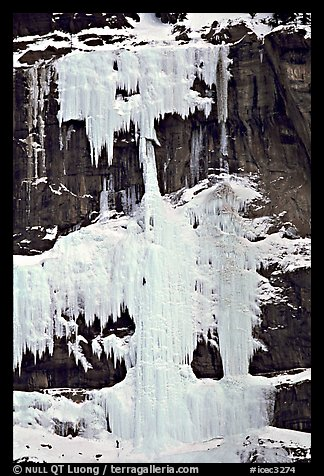 Climbers on Curtain Calls. Canada (color)