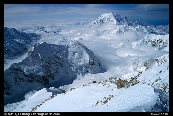 Mt Foraker and Kahilna Peaks seen from the West Rib of Mt McKinley. Denali National Park (color)