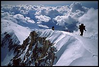 Mountaineers climb West Buttress of Mt McKinley. Denali National Park, Alaska, USA. (color)