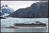 Cruise ship stopping next to Margerie Glacier. Glacier Bay National Park, Alaska, USA.