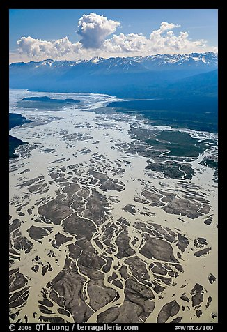 Aerial view of braids of the Chitina River. Wrangell-St Elias National Park, Alaska, USA.