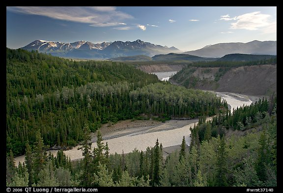 Kuskulana river. Wrangell-St Elias National Park (color)