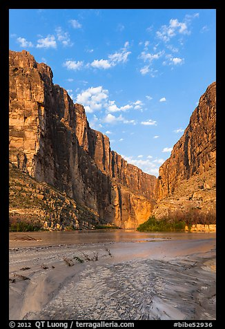 Santa Elena Canyon, sunrise. Big Bend National Park (color)