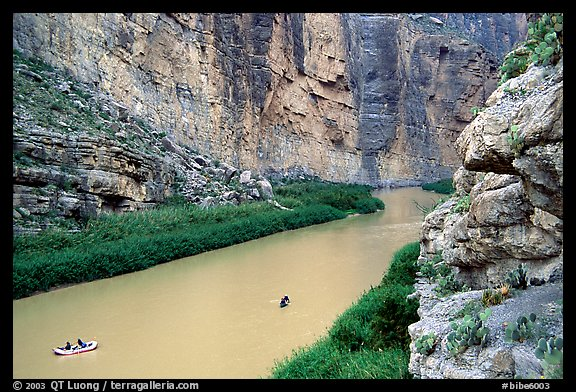 Rafters in Santa Elena Canyon of the Rio Grande. Big Bend National Park, Texas, USA.
