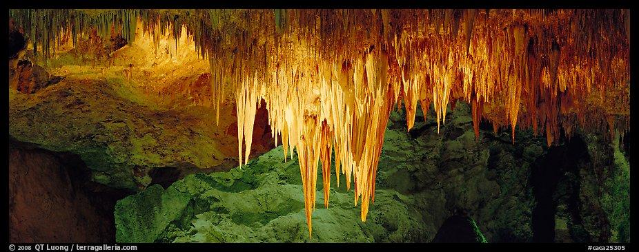 Stalactite Chandelier. Carlsbad Caverns National Park (color)