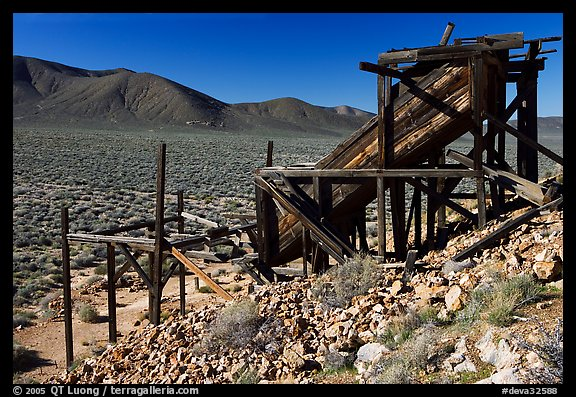 Cashier's mine in the Panamint Mountains, morning. Death Valley National Park (color)