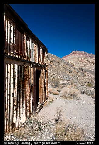 Shack in Leadfield ghost town. Death Valley National Park (color)