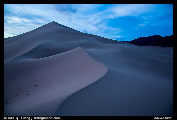 Ibex Sand Dunes, blue hour. Death Valley National Park (color)
