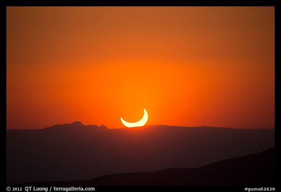 Sunset, May 20 2012 solar eclipse. Guadalupe Mountains National Park (color)