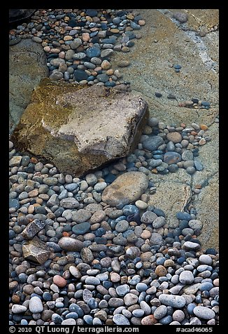 Pebbles in and out of water, Schoodic Peninsula. Acadia National Park (color)