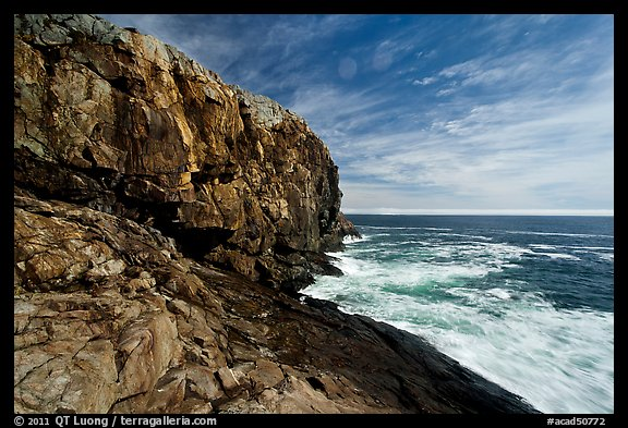 Great Head and ledge. Acadia National Park, Maine, USA.