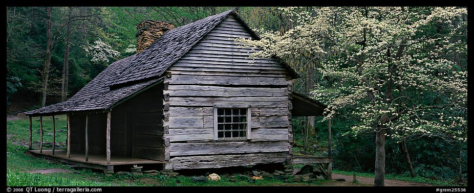Panoramic picture photo wooden appalachian mountain cabin for Appalachian mountain cabins
