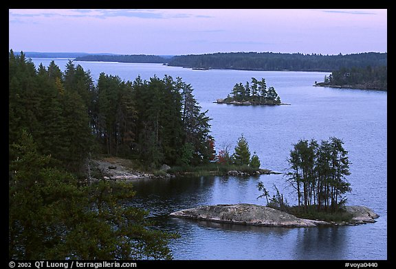 Anderson Bay. Voyageurs National Park (color)