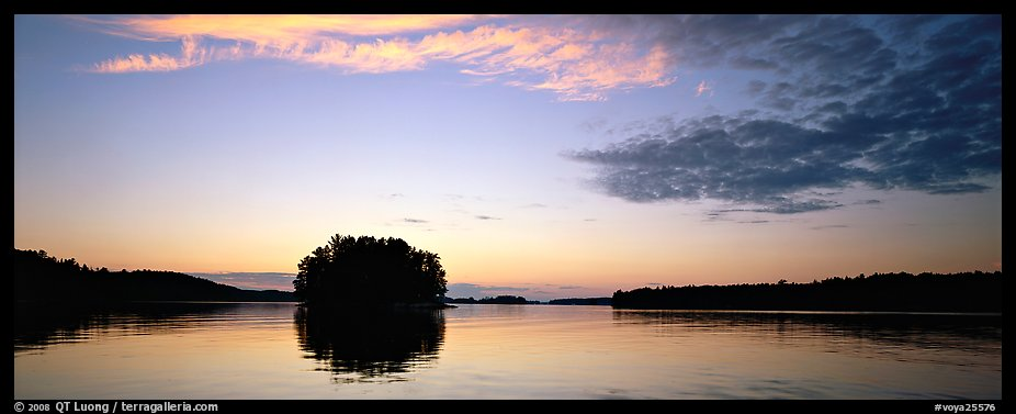 North woods tree-overed isled at sunset. Voyageurs National Park (color)