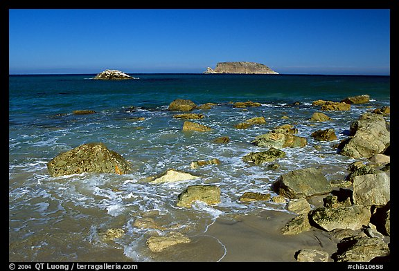 Judge Rock, Prince Island, Cuyler Harbor, mid-day, San Miguel Island. Channel Islands National Park (color)