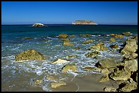 Judge Rock, Prince Island, Cuyler Harbor, mid-day, San Miguel Island. Channel Islands National Park, California, USA.