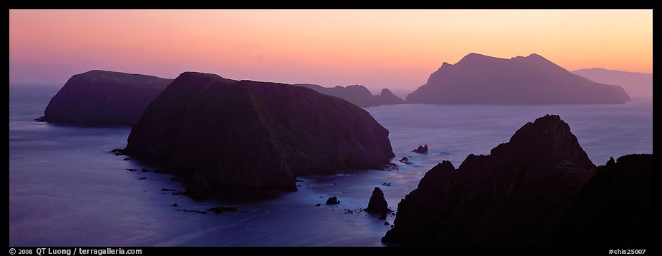 Chain of islands at sunset, Anacapa Island. Channel Islands National Park (color)