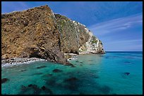 Turquoise waters with kelp, Scorpion Anchorage, Santa Cruz Island. Channel Islands National Park, California, USA.