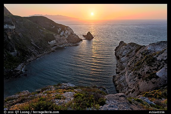 Potato Harbor cove at sunset, Santa Cruz Island. Channel Islands National Park (color)