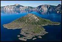 Wizard Island, afternoon. Crater Lake National Park, Oregon, USA.