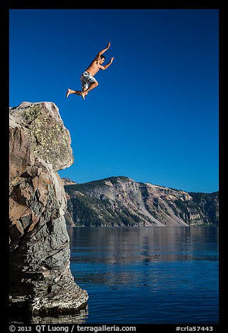 Cliff jumping, Cleetwood Cove. Crater Lake National Park (color)