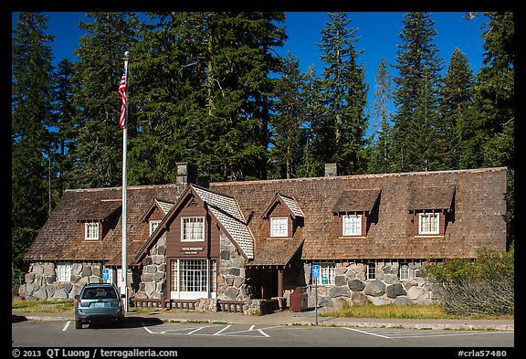Main crater lake visitor Center. Crater Lake National Park (color)