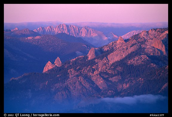 Monarch Divide at sunset. Kings Canyon National Park, California, USA.