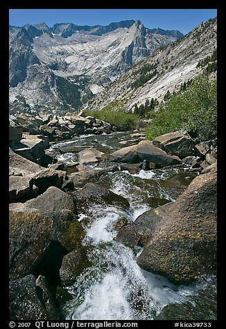 Stream plunges towards Le Conte Canyon. Kings Canyon National Park (color)