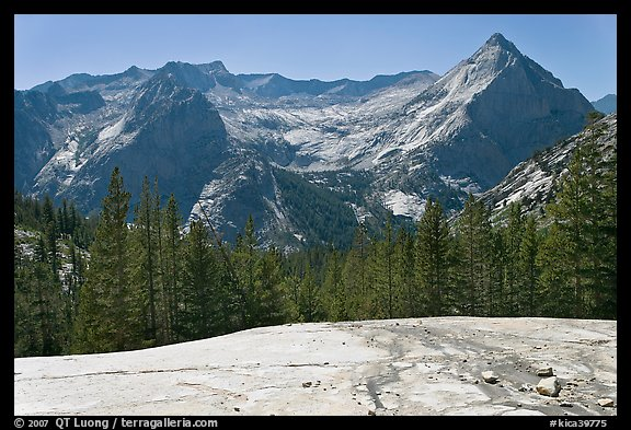 Granite slab, Langille Peak and the Citadel above Le Conte Canyon. Kings Canyon National Park (color)
