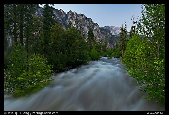South Forks of the Kings River flowing at dusk. Kings Canyon National Park (color)