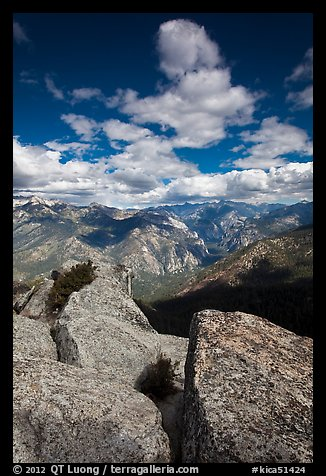 Summit blocks of Lookout Peak and Cedar Grove. Kings Canyon National Park (color)