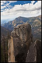 Outcrops and canyon of the Kings river. Kings Canyon National Park, California, USA. (color)