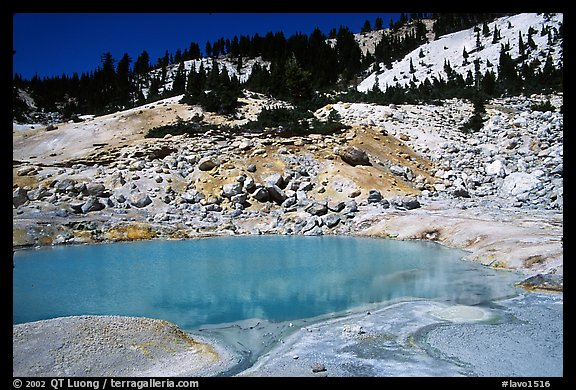 Turquoise pool in Bumpass Hell thermal area. Lassen Volcanic National Park, California, USA.