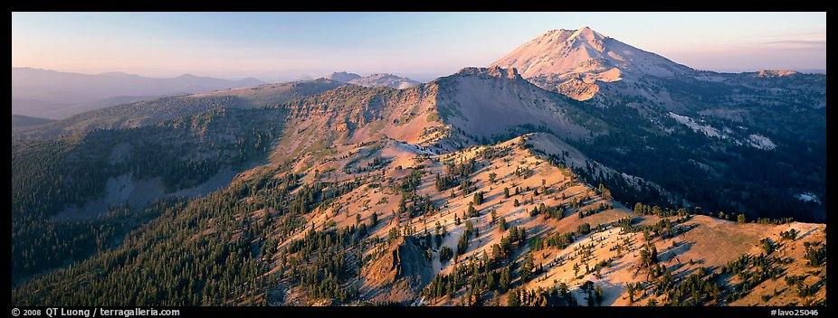 Chain of dormant volcanoes. Lassen Volcanic National Park (color)