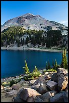 Lake Helen and Lassen Peak, late summer. Lassen Volcanic National Park, California, USA.