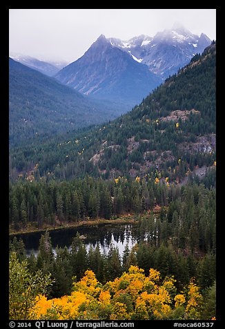 Coon Lake and Agnes peak in autumn, North Cascades National Park Service Complex.  (color)