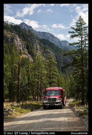 National Park shuttle bus on Stehekin Valley road, North Cascades National Park Service Complex.  (color)
