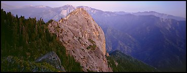 Moro rock. Sequoia National Park (Panoramic color)
