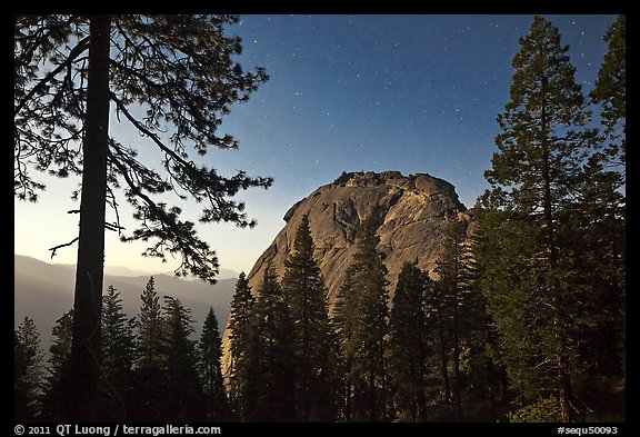Moro Rock at night. Sequoia National Park, California, USA.
