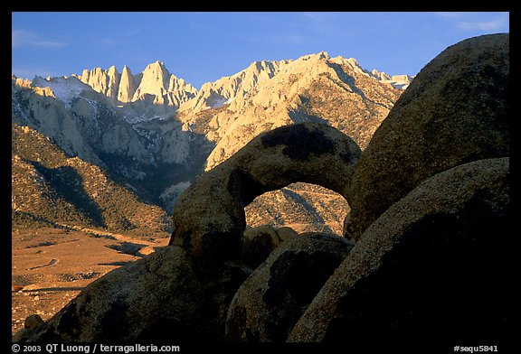 Boulders, Alabama Hills Arch I, Mt Whitney. Sequoia National Park, California, USA.