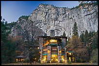Ahwahnee hotel and cliffs. Yosemite National Park, California, USA.