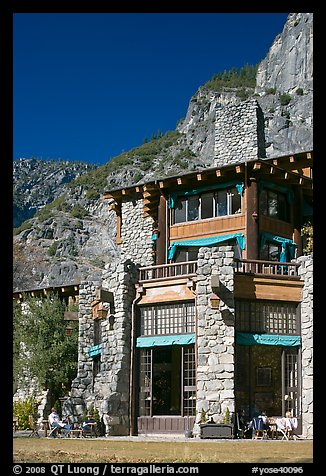 Ahwahnee hotel. Yosemite National Park (color)