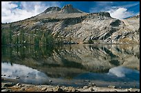 May Lake and Mt Hoffman. Yosemite National Park, California, USA.