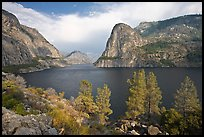 Hetch Hetchy reservoir in the summer. Yosemite National Park, California, USA.