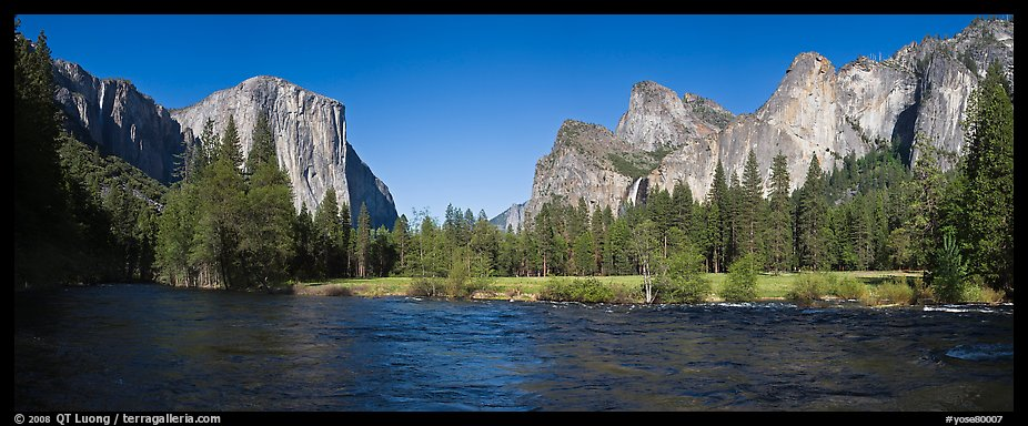 Valley View, El Capitan and Bridalveil Fall. Yosemite National Park, California, USA.