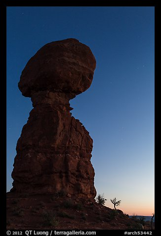 Balanced rock at dusk. Arches National Park (color)