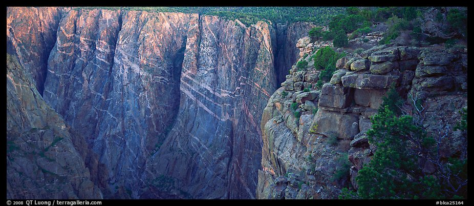 Canyon walls with crystaline striations. Black Canyon of the Gunnison National Park (color)