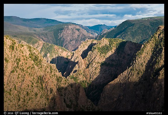 Canyon view from Tomichi Point. Black Canyon of the Gunnison National Park (color)